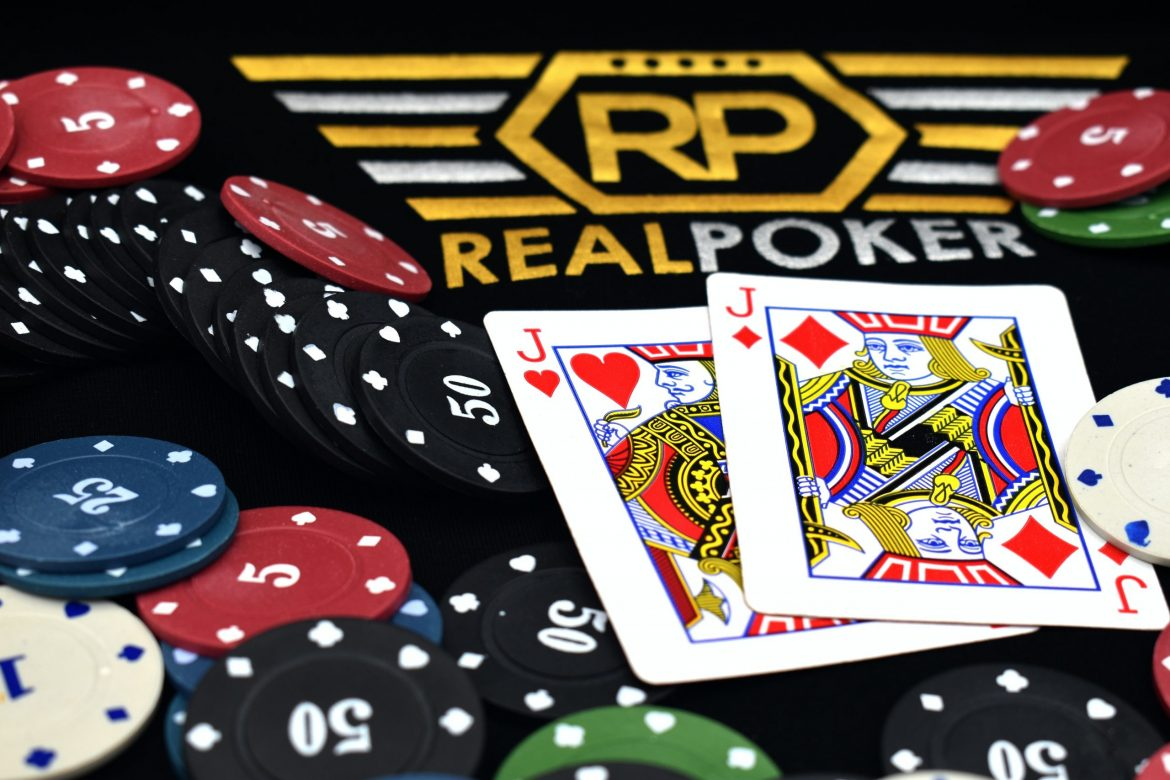 Poker Online How Playing bola tangkas online Poker Is Beneficial